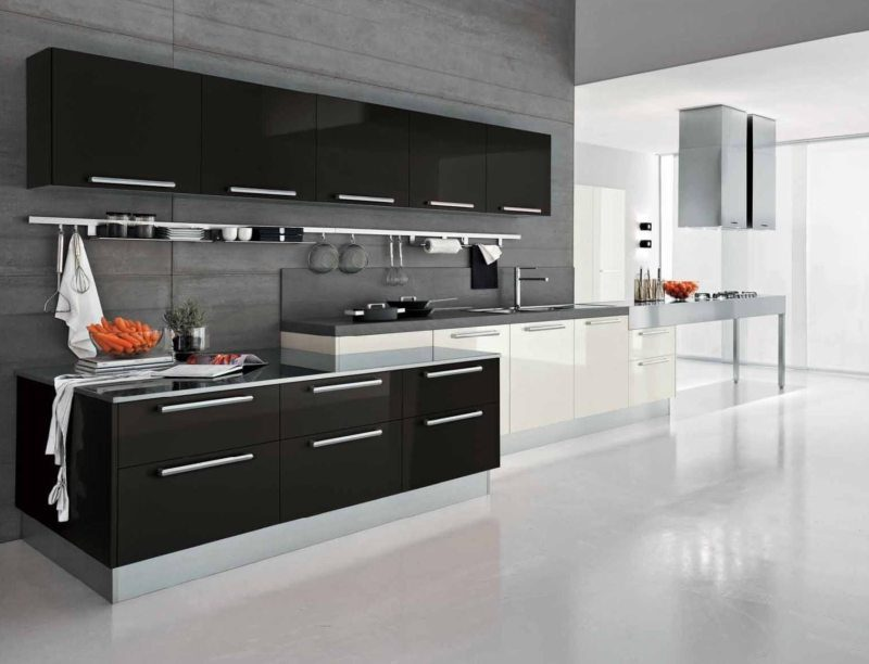 Кухня у відтінках сірого кольору